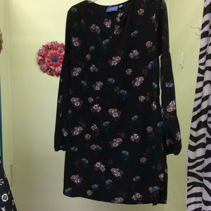 Floral Vera Wang dress with pockets
